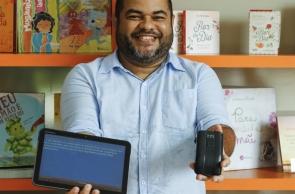 HEYDE LEÃO desenvolveu a Biblioteca Acessível, para facilitar a leitura de crianças cegas e de baixa visão
