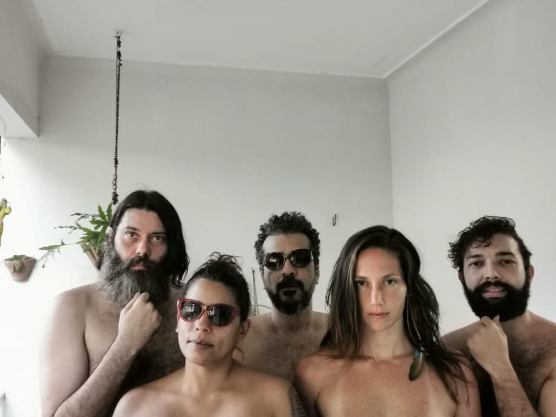 Da esquerda para a direita, Daniel Groove, Nayra Costa, Vitoriano, Laya e Daniel Medina