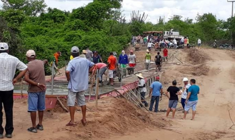 Ao todo, 84 pessoas trabalharam voluntariamente na construção da Passagem Molhada de Caetano, que beneficiará quase 500 famílias em comunidades de Apuiarés.