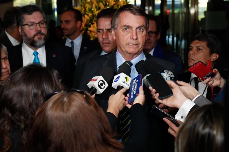 (Nova Delhi - Ã.ndia, 25/01/2020) Presidente da República, Jair Bolsonaro fala com a imprensa durante chegada ao hotel Oberoi. Foto: Alan Santos/PR
