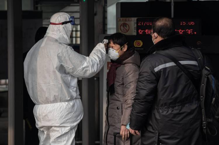 Hospitais têm intensificado a triagem de passageiros chineses e provenientes de Wuhan e outras localidades da China.