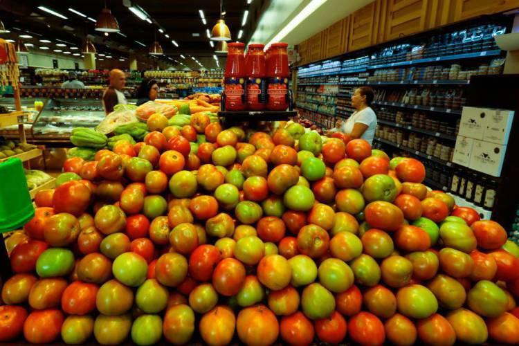 PREÇO do tomate teve queda de 31,74% entre abril e maio (Foto: BÁRBARA MOIRA)