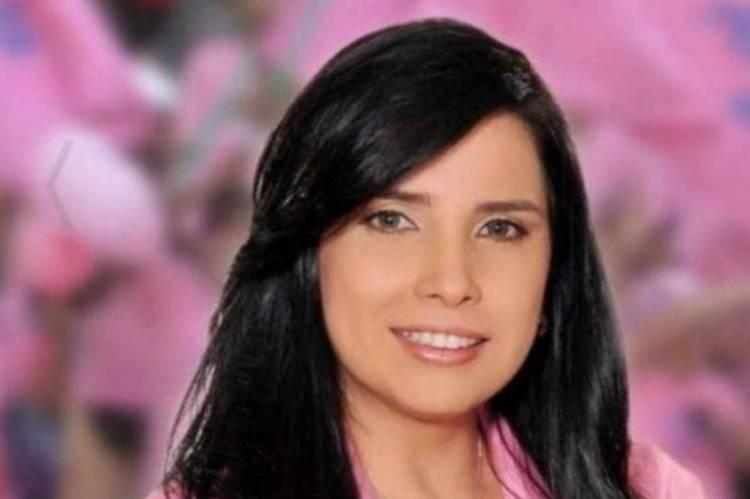 Ela havia sido liberada para um consulta com dentista no norte da capital da Colômbia. Merlano foi levada ao local em veículo da penitenciária e acompanhada por duas agentes prisionais.