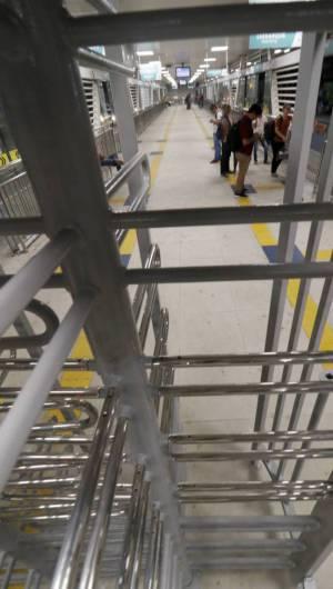 Estações do BRT já estão com catracas