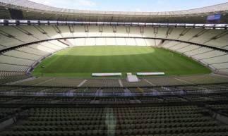 Imagem do gramado da Arena Castelão nesta quinta-feira, dia 30