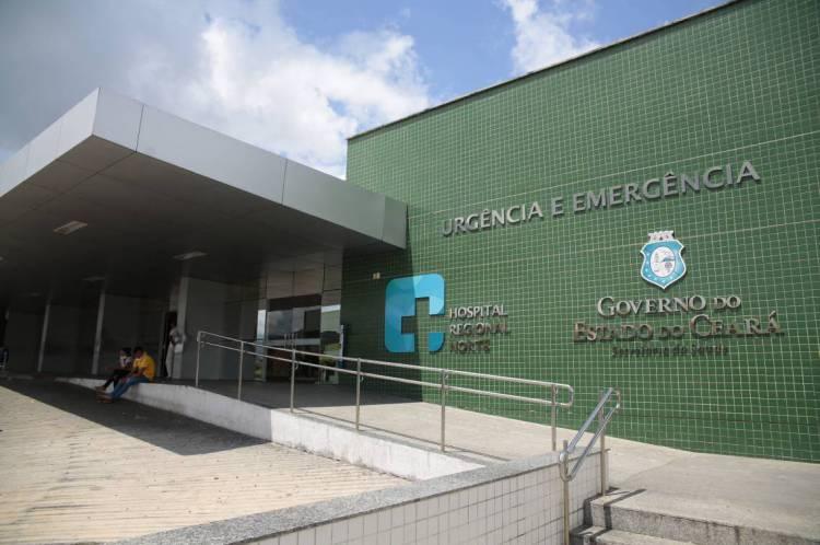 FORTALEZA, CE, Brasil. 30.01.2020:Fachada do Hospital Regional Norte em Sobral.  Caso de suspeita de Coronavírus em Sobral.  (Foto:Júlio Caesar / O POVO)