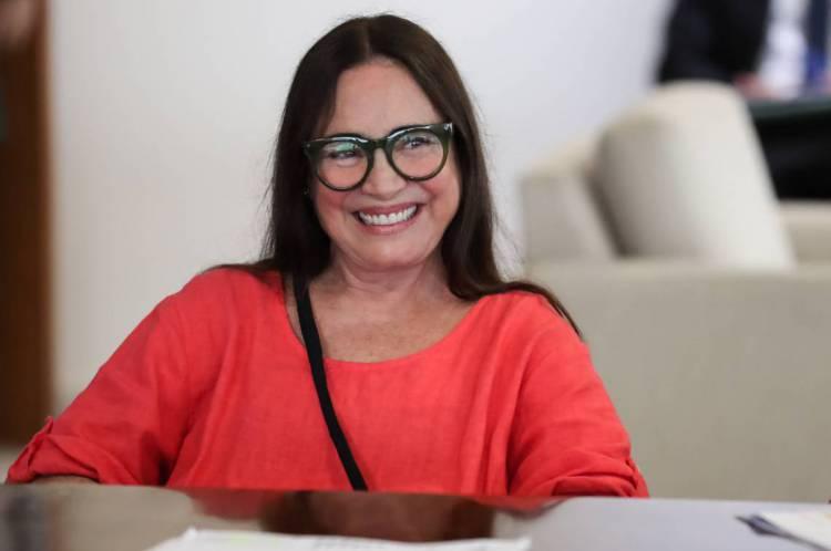 Regina Duarte é a atual secretária da Cultura no governo de Bolsonaro