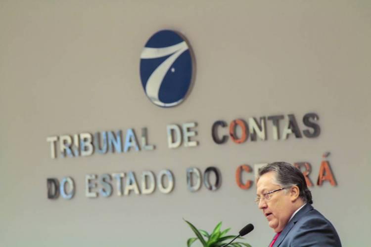 Valdomiro Távora, presidente do TCE (Foto: Beatriz Boblitz/ O POVO) (Foto: Beatriz Boblitz)