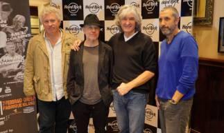 A banda britânica Dire Straits, formada em 1977, tem mais de 40 anos de estrada