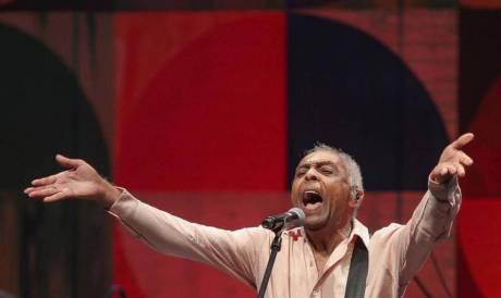 Gilberto Gil se apresenta gratuitamente no Carnaval Fortaleza 2020