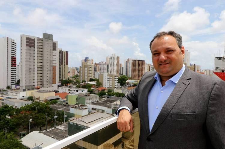 Patriolino Dias, novo presidente do Sinduscon, fica no cargo pelos próximos quatro anos (Foto: Fabio Lima/O POVO)