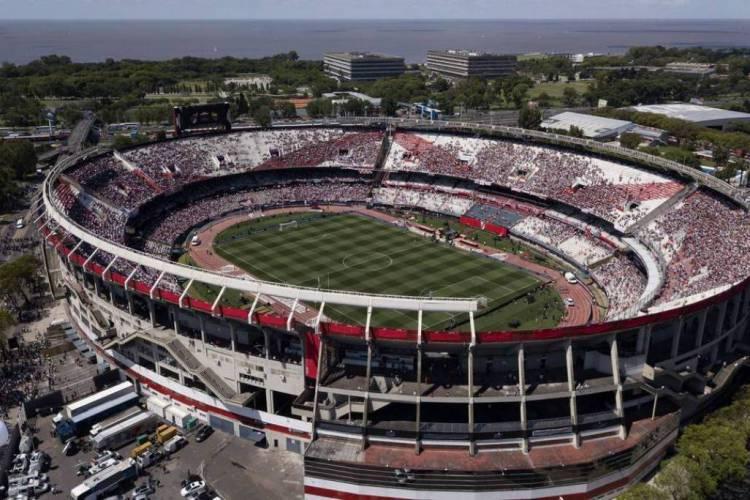 Duelo da Libertadores entre River Plate e São Paulo será disputado sem torcida (Foto: AFP)