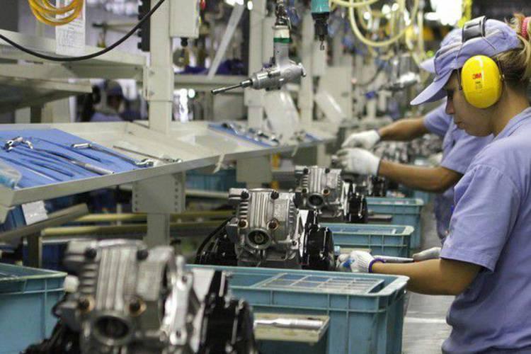 Setor industrial sofre queda no período (Foto: Agência Brasil)