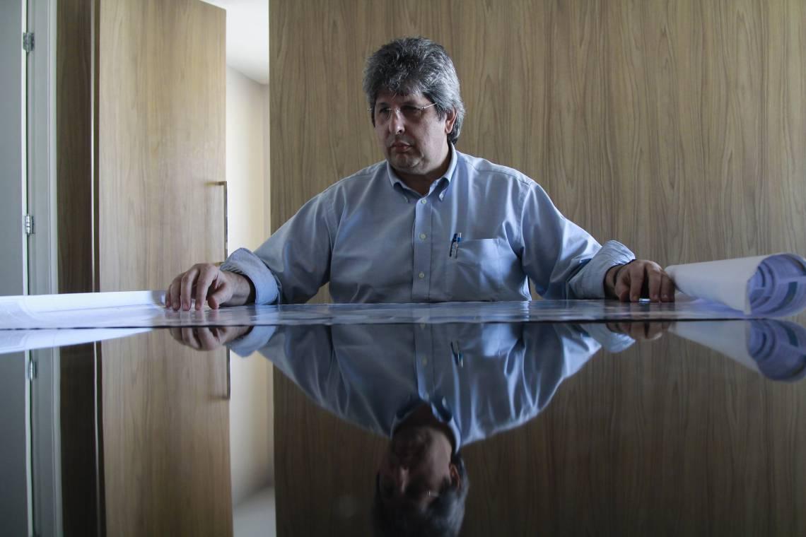 FORTALEZA, CE, BRASIL, 06/02/2020: Lúcio Bonfim, diretor da BI Energia. Empreendedor do projeto de produção de energia eólica offshore. (Foto: Beatriz Boblitz/ O POVO)