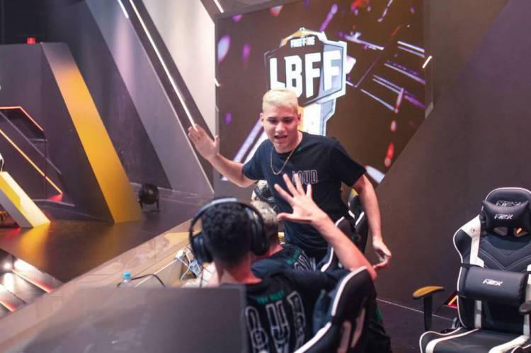 No primeiro fim de semana da Liga Brasileira, a LOUD dominou os dois dias de disputa e teve quase 50% de aproveitamento