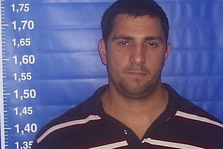 Morto em confronto com a polícia baiana, Adriano da Nóbrega era um dos alvos da investigação sobre rachadinha no gabinete de Flávio Bolsonaro. Caso será reconstituído.  (Foto: Reprodução/PM)