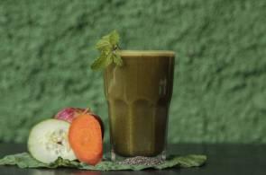 Suco Detox é fonte das vitaminas C, E, K, D