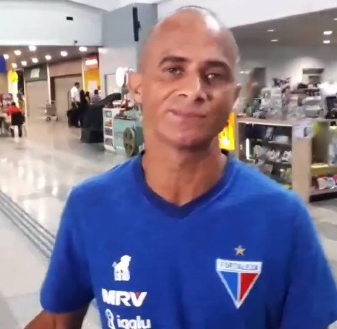 Rinaldo foi um dos jogadores que recebeu convite para acompanhar a delegação