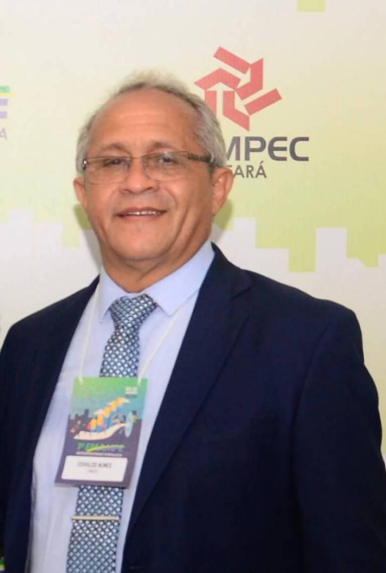 Edivaldo Nunes preside a Fampec