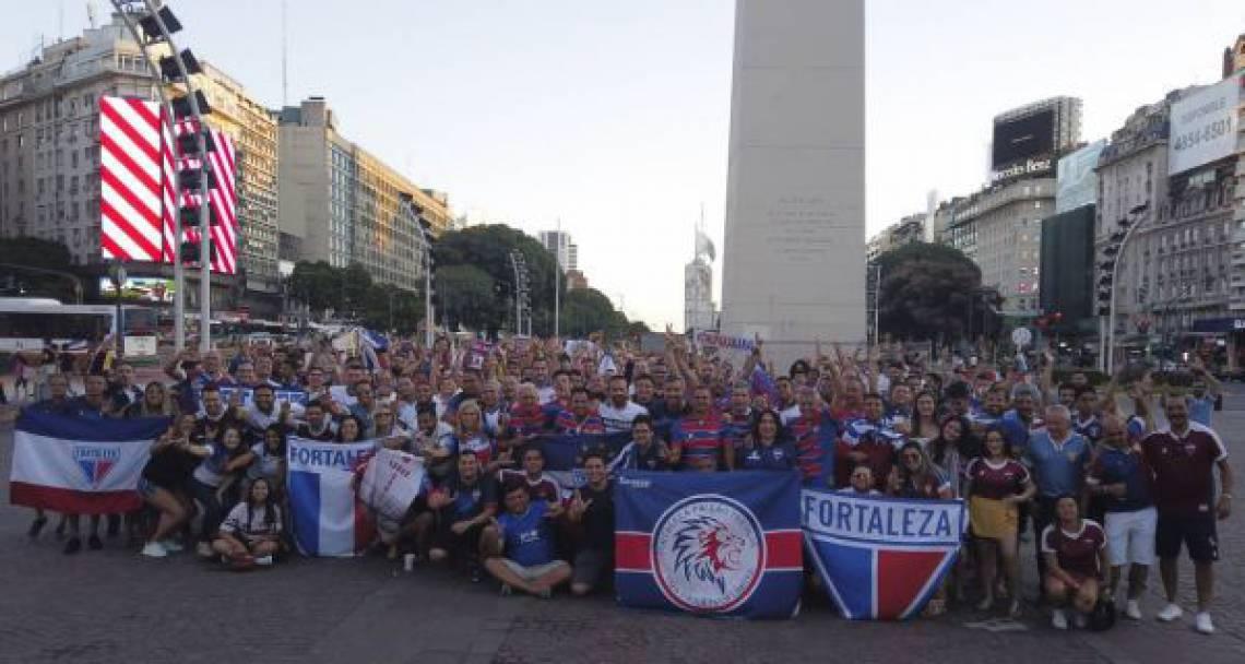 Torcida do Fortaleza compareceu em peso na Argentina, onde o Independiente venceu por a 1 a 0 pelo jogo de ida da Copa Sul-Americana