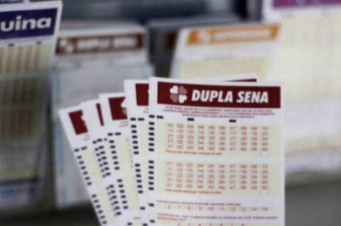 Resultado da Dupla-Sena Concurso 2050 de hoje, quinta-feira, 15 de Fevereiro (15/02)