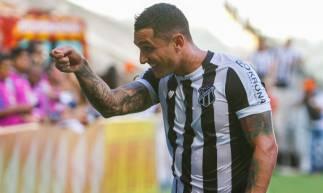 15 de fevereiro de 2020, Lances do jogo entra Ceará x Bahia, pela copa do nordeste 2020, na arena castelão. Em destaque comemoração do gol de Vinicius. (Foto JL Rosa/O Povo)