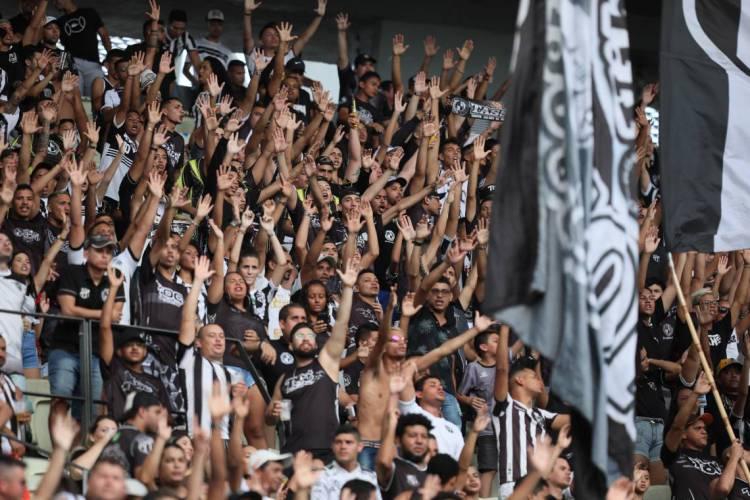 Ceará possui hoje 21.291 sócios-torcedores, segundo o site oficial do programa  (Foto: JL Rosa)