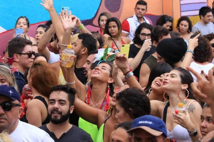 Pré-Carnaval na Rua Monsenhor Tabosa