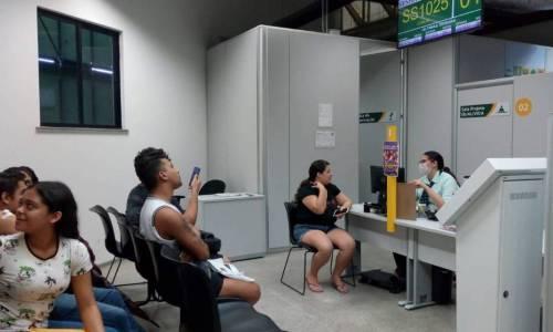 Governo do Ceará realiza ação de testagem rápida para HIV e orientação sobre cuidados e formas de prevenção à infecções sexualmente transmissíveis.