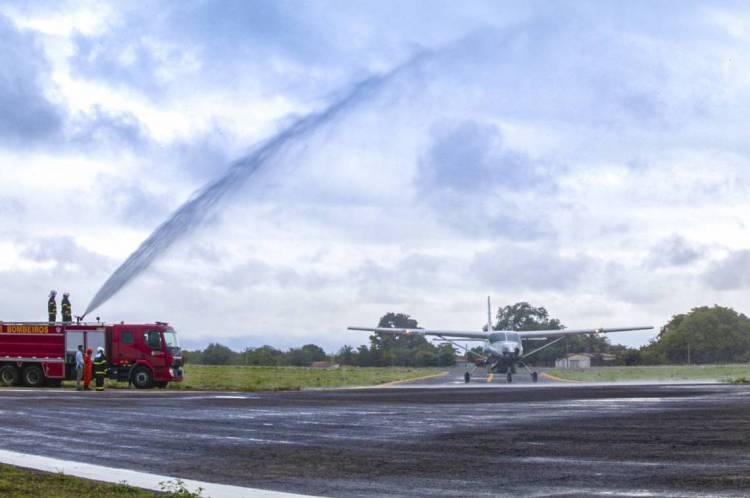 O trajeto foi feito pela aeronave Grand Caravan, da empresa Two Flex, com capacidade para nove pessoas - mais a tripulação.