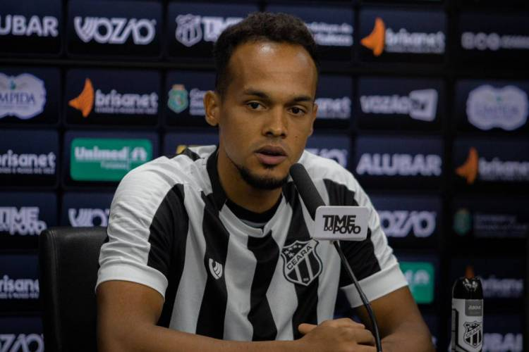 Bruno Pacheco comentou sobre trabalhos de Guto Ferreira via videoconferência  (Foto: Fausto Filho/CearaSC.com)