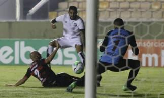 Leandro Carvalho fez o gol do Ceará na partida