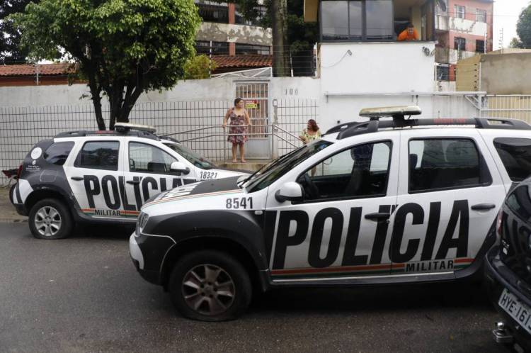 Governo do Estado denuncia invasão de escola por policiais e pede ajuda ao Exército