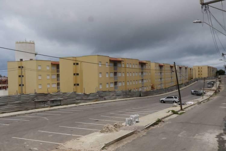FORTALEZA, CE, BRASIL, 18-02-2020: Moradores da Comunidade Alto da Paz, que não receberam apartamento, no bairro Vicente Pinzon. (Foto: Mauri Melo/O POVO). (Foto: MAURI MELO/O POVO)
