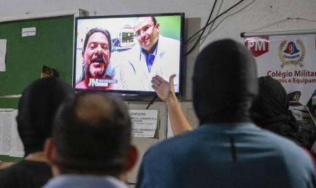Durante paralisação, policiais assistiram vídeo gravado por Cid Gomes ao se recuperar dos tiros no hospital
