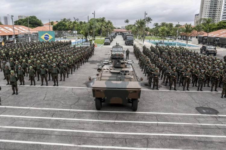 FORTALEZA, CE, BRASIL, 22-02-2020: Apresentação da formatura do exército, oriundo de outros estados, para o reforço na segurança do estado do Ceará.23° BC, Benfica, Fortaleza