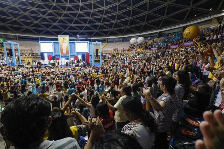 FORTALEZA, CE, Brasil. 23.02.2020: Festa religiosa, Renascer, no ginásio Paulo Sarasate (Foto: DEÍSA GARCÊZ/Especial para O POVO)