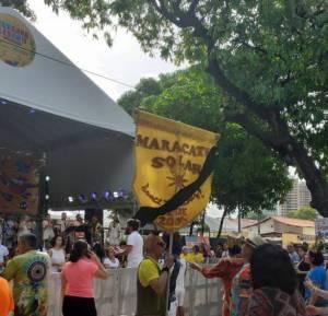 O bloco Maracatu Solar prestou uma homenagem à adolescente na tarde desta terça, no polo do bairro Benfica