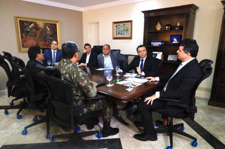 Comissão que está atuando na paralisação da PM no Ceará.