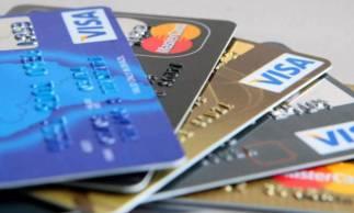 Cartão de crédito e suas taxas salgadas