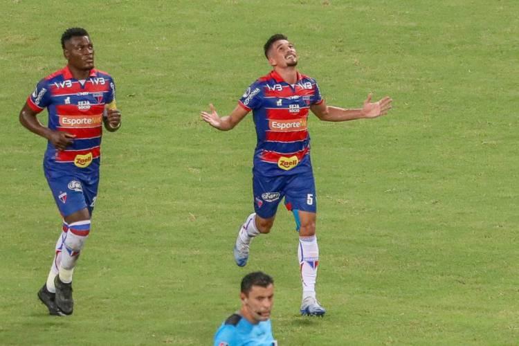Paulão e Juninho estão fora do jogo contra o Galo (Foto: JL Rosa/O POVO)