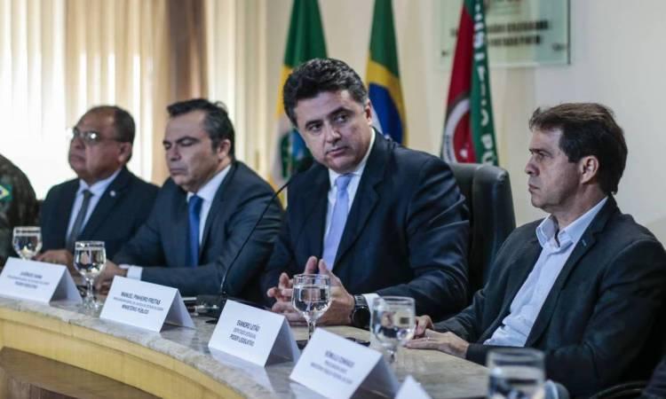 FORTALEZA, CE, BRASIL, 28-02-2020: Coletiva da Comissão dos 3 poderes (Foto: Thais Mesquita/O POVO)