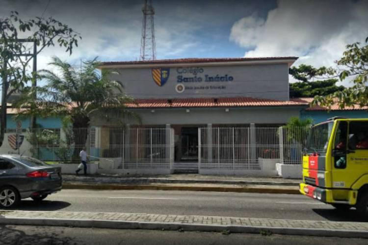 Colégio leva o nome de Santo Inácio de Loyola, fundador da Companhia de Jesus