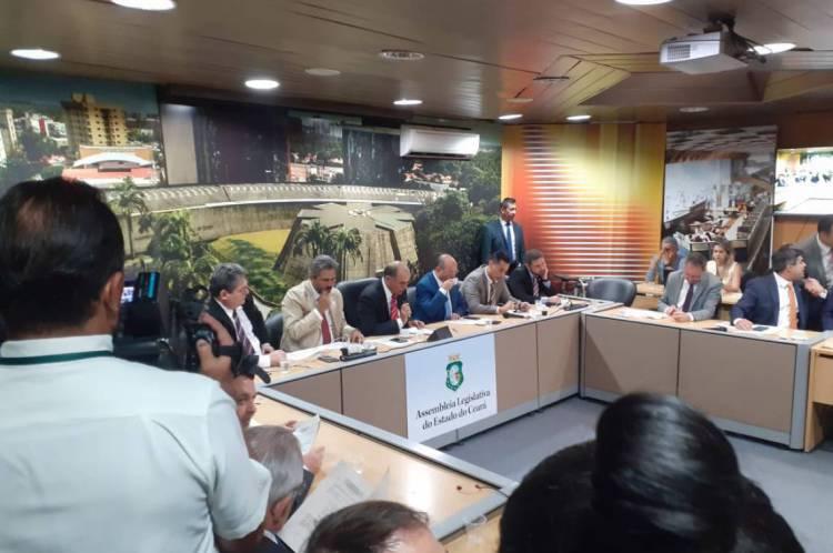 Reunião da Comissão de Constituição e Justiça da Assembleia Legislativa do Ceará