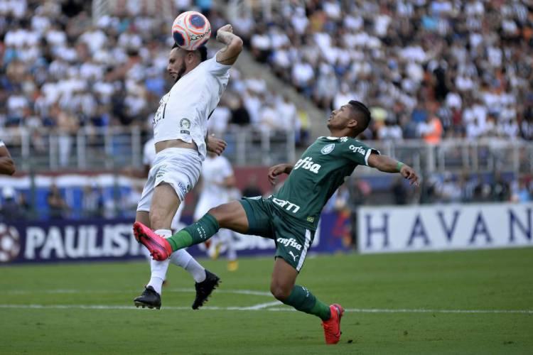 Campeonato Paulista será retomado no final do mês de julho (Foto:  BRUNO ULIVIERI/AGIF/Ae)