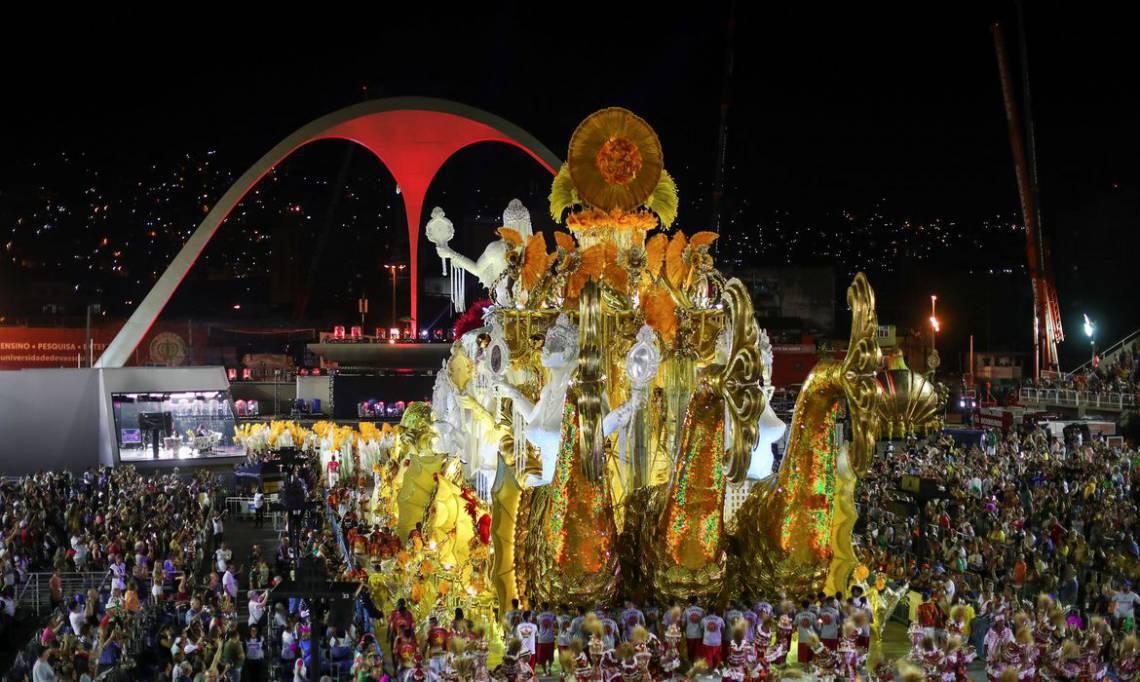 Desfile das campeãs do Carnaval do Rio acontece neste sábado, 29