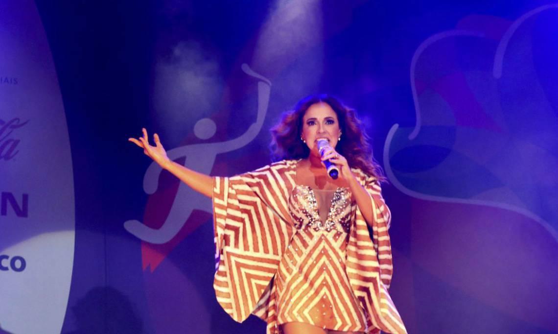 Brasília -  Show da cantora Daniela Mercury na Esplanada dos Ministérios em comemoração a passagem da Tocha Olímpica (Valter Campanato/Agência Brasil)