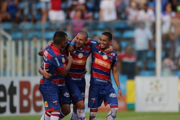 Fortaleza não perdeu nenhum dos quatro jogos que disputou desde que o futebol voltou a ter competições oficiais, após hiato de quatro meses (Foto: FÁBIO LIMA/O POVO)