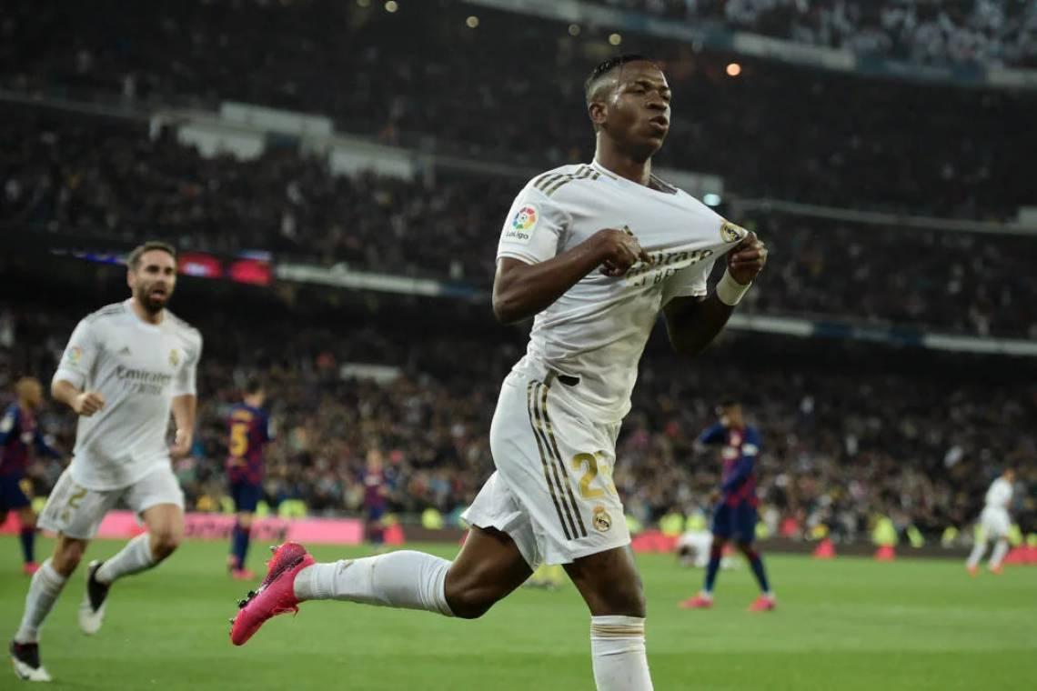 Com gol de Vini Junior, Real Madrid vence Barcelona