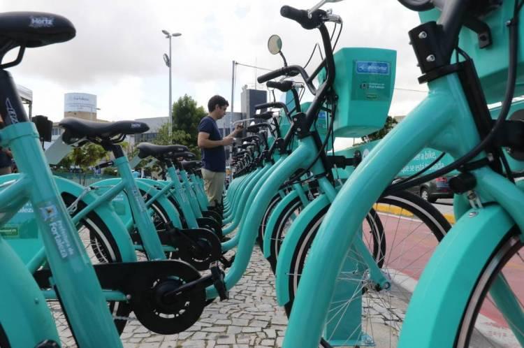 Prefeito Roberto Cláudio diz que 14 novas estações do Bicicletar serão entregues até o fim desta semana.